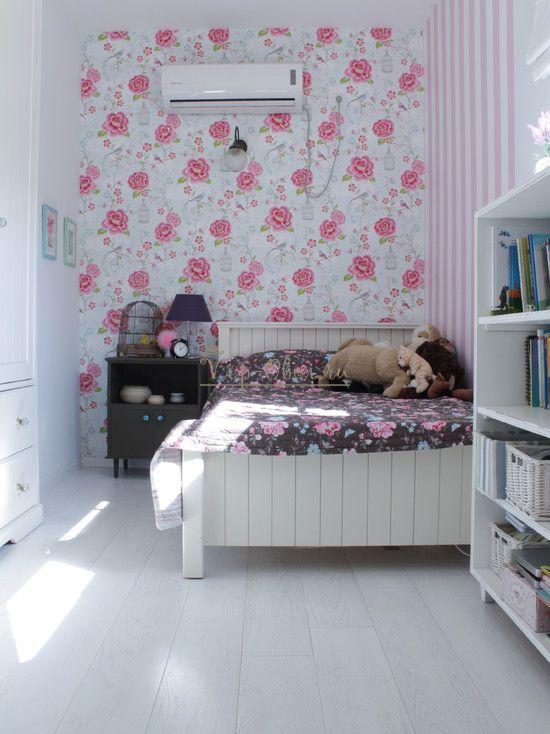 Обои для спальни с розами