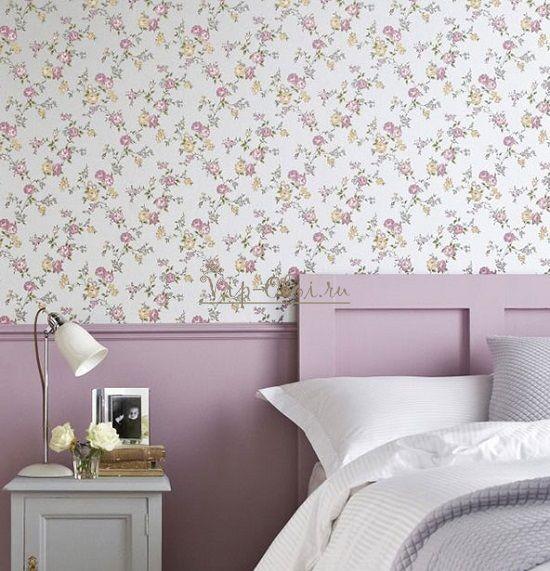 Цветочные обои в сиреневой спальне