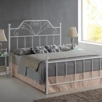 Кровать металлическая модерн: фото