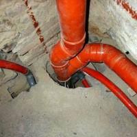 Замена стояка канализации в доме: фото